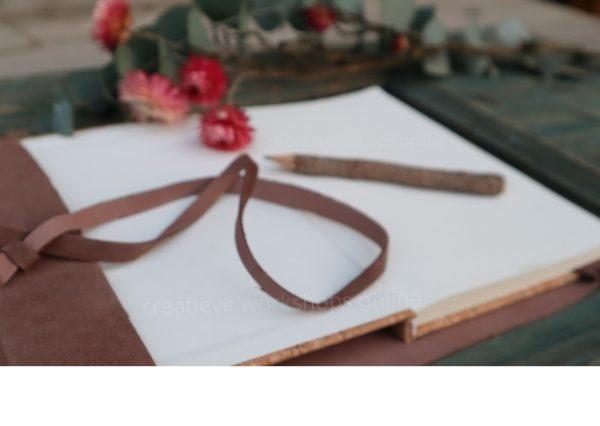 Leren notitieboek omslag open